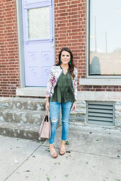 The Best Boyfriend Jeans via Glitter & Gingham // Michael Kors Mercer Tote // Madewell Jeans // Michael Kors Platforms // LOFT Top // Kendra Scott Earrings // Spring Outfit Inspiration // Spring Outfit Idea