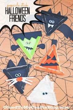 Popsicle Stick Halloween Friends - Kid Craft - Glued To My Crafts Halloween Crafts For Kids, Halloween Activities, Halloween Projects, Holidays Halloween, Halloween Kids, Halloween Themes, Holiday Crafts, Halloween Decorations, Preschool Halloween