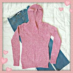 "👗 Hooded sweater. 🌟Never worn sweater, just stayed in my closet for a long time. No defects. Light pinkish red and white colors.  🌟Details: length 28"", chest 36"", extra long sleeves 28"", 33% cotton, 23% wool, 34% acrilic.  🌟Please use only ✔OFFER 👈 button for all price negotiations. I'll do 👉🍓a price drop⤵ for you for discounted shipping, if we agree about the price. Rue 21 Sweaters"