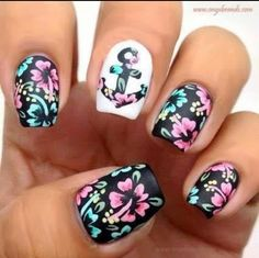 love this flower nails