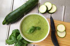 Cukkinikrém majonézzel Bratwurst, Izu, Cucumber, Low Carb, Yummy Food, Baguette, Vegetables, Healthy, Ethnic Recipes