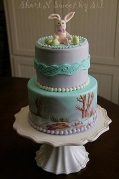 Easter bunny painted spring - Cake by ShortNSweetBySil