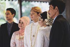 #JavaneseBride ##JavaneseGroom #Groom #Bride #javanesewedding #indonesianwedding #indonesia #wedding