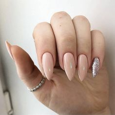 Amazing Almond Nail Art IdeasAlmond nail art could be a lovely form that's presently trending, and smart permanent reason! almond nails are here to remain as a result of they're simply that goo Nude Nails, My Nails, Acrylic Nails, Cute Nail Art Designs, Nagel Gel, Stylish Nails, Creative Nails, Almond Nails, Holiday Nails