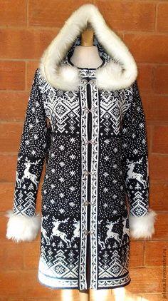 Купить пальто вязаное с капюшоном.ручной работы. из 100% шерсти в интернет магазине на Ярмарке Мастеров