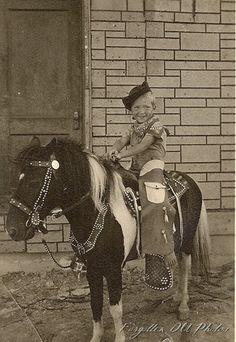 Vintage Children Photos, Vintage Kids, Vintage Pictures, Old Pictures, Old Photos, Pony Horse, Horse Tack, Cowgirl Images, Stick Horses