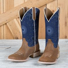 Ariat Ladies Blue Paisley Circuit Savanna Boots