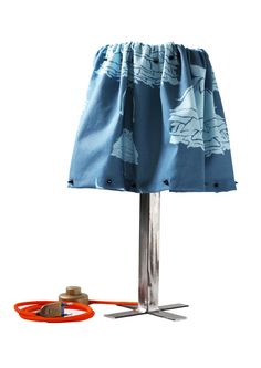 Lampada di ferro con paralume destrutturato  by Tweak design sale for 120 euro