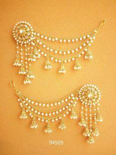 Wonderful Black Gold Jewelry For Beautiful Pieces Ideas. Breathtaking Black Gold Jewelry For Beautiful Pieces Ideas. Indian Jewelry Earrings, Real Gold Jewelry, Indian Jewelry Sets, Fancy Jewellery, Jewelry Design Earrings, Indian Wedding Jewelry, Bridal Jewelry, India Jewelry, Resin Jewellery