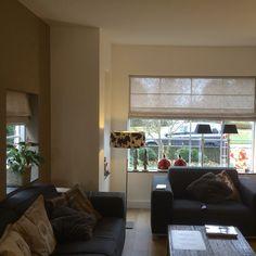 Grove wasbare linnen vouwgordijnen kleur naturel Roman Shades, Windows, Curtains, Home Decor, Blinds, Decoration Home, Room Decor, Draping, Home Interior Design