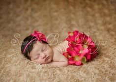 Flower bloomer with simple headband! I can do this!!!
