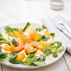 Garnelen auf Avocado-Orangen-Salat