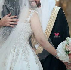 Arab Wedding, Wedding Couples, Cute Couples, Cute Girl Poses, Cute Girls, Arab Couple, Elegant Modern Wedding, Instagram Logo, King Queen