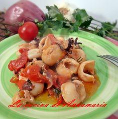 Seppioline ai pomodorini, ricetta di mare veloce, gustosa e semplice