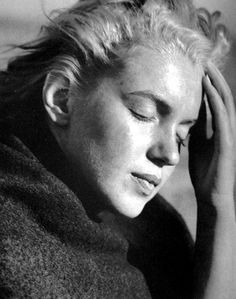 Marilyn Monroe photographed by Andre de Dienes in San Diego in 1946