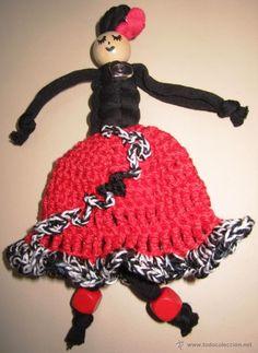 Broche Bailaora : Gitana Flamenca en macramé con ganchillo. Hecho a mano / todocoleccion.