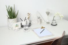 Kindred by Marble Basics is a place for usable home objects that are kindred with one another to create an honest home. Marble Trays, Trivets and Bowls. Home the original Marble Homeware. Marble Tray, Round Tray, Triangle, Core, Card Holder, Dish, Autumn, Table Decorations, Winter
