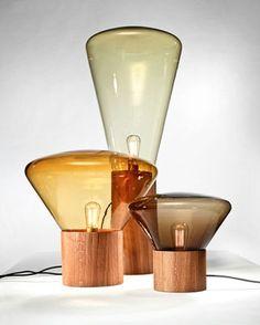 Lampe de table Medium by Brokis / H 34 cm