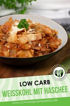 White cabbage in minced meat sauce - Leckere Low Carb Rezepte - schwarzgrueneszebra - Meat Recipes Low Carb Lunch, Low Carb Diet, Paleo Biscuits, One Pot Dishes, Meat Sauce, Group Meals, Keto Dinner, Meat Recipes, Meal Planning