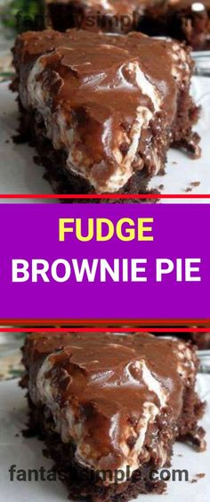 FUDGE BROWNIE PIE Ingredients: cup flour 1 cup of regular sugar cup unsweetened cocoa powder, sifted 1 teaspoon baking powder tsp salt 4 ounces butter, melted 2 large eggs, beaten 2 teaspoons vanilla cup chopped toasted pecans 2 handfuls of Homemade Fudge Brownies, Fudge Brownie Pie, Brownie Desserts, Brownie Recipes, Chocolate Desserts, Easy Desserts, Delicious Desserts, Cake Recipes, Dessert Recipes