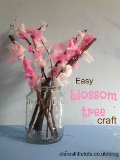 Easy blossom tree craft that toddlers can do themselves. Perfect craft for spring. Toddler Crafts, Preschool Crafts, Crafts For Kids, Easy Crafts, Tree Crafts, Flower Crafts, Japan Crafts, Large Flower Pots, Little Gardens