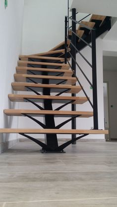 Steel Stairs Design, Home Stairs Design, Stair Railing Design, Interior Stairs, House Design, Rustic Staircase, Loft Staircase, House Stairs, Escalier Art
