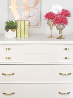 I'm loving the simple gold hardware against this crisp clean white!