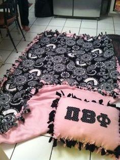 Pi Phi DIY pillow and blanket set #piphi #pibetaphi