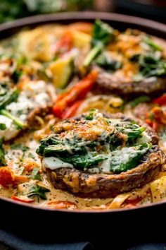 Tuscan Style Stuffed Mushrooms Save Print Prep time 15 mins Cook time 20 mins Total time 35 mins Tuscan Style Stuffed Mushrooms in Creamy Sun Dried Tomato Sauce makes a great veggie dish, packed with flavour! Veggie Recipes, Vegetarian Recipes, Cooking Recipes, Healthy Recipes, Burger Recipes, Vegetarian Lunch, Sauce Recipes, Sun Dried Tomato Sauce, Dried Tomatoes