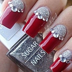 ideas for nails red silver glitter nailart Xmas Nails, Holiday Nails, Christmas Nails, Christmas Holiday, Christmas Design, Fancy Nails, Bling Nails, Trendy Nails, Fabulous Nails