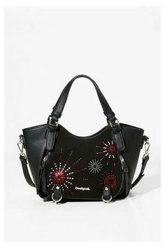 471fb62d947e Desigual handbag of same size and similar colouring Mode Für Den Alltag