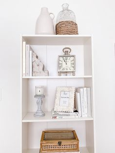 Emma Courtney: Amazon Home Decor Favourites Amazon Home Decor, Home Decor Items, Current Time, Stack Of Books, Beaded Garland, Coffee Table Books, Picture Frames, Bookends, Pillow Covers