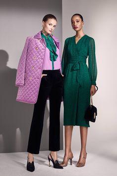 Escada Resort 2019 Fashion Show Escada Resort 2019 collection, runway looks, beauty, models, and rev Fashion Moda, Fashion 2018, Love Fashion, Runway Fashion, Trendy Fashion, High Fashion, Fashion Outfits, Womens Fashion, Fashion Design