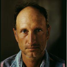 TOUCH questa immagine: Bruce Nauman è unoscultore,fotografoevideoartistasta... by Lookart