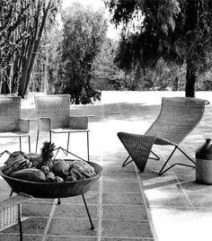 """unavidamoderna: """"  Muebles en varilla de hierro y mimbre diseñado por Clara Porset, seleccionados para su exhibición en el Museo de Arte Moderno en Nueva York. Iron rod and wicker furniture designed..."""