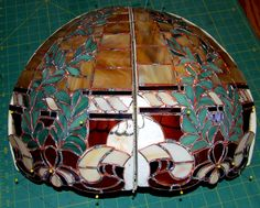 and Panels copper foiled, tack soldered and test fit on foam form Stained Glass Lamps, Stained Glass Projects, Tiffany, Tack, Diy Tutorial, Floor Lamp, Copper, Tutorials, Shades