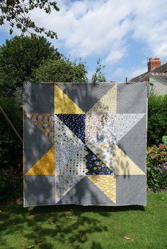 Giant Star Quilt | by GreenandBell