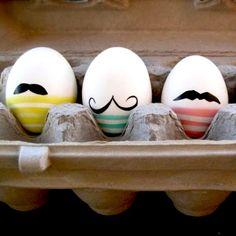 Moustache easter eggs, Easter DIY Inspiration Gallery : Home Trends Magazine Egg Crafts, Easter Crafts, Easter Ideas, Hoppy Easter, Easter Eggs, Easter Bunny, Homemade Easter Baskets, Tutorial Diy, Diy Ostern