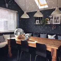 A Dark and Moody Home in England – Design*Sponge