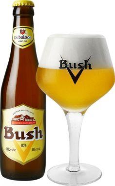 Bush Blonde | De Bush Blonde heeft een goudblonde kleur. De uitgesproken aroma's van gele vruchten (banaan, ananas) worden verrijkt met florale toetsen en impressies van citrus, vooral in de smaak. Het is een mals, lichtbitter bier met een evenwichtige smaak.