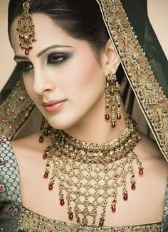 Indian bridal Wedding Jewellery Designs - Neeshu.com ============================= profgasparetto / eagasparetto / Dom Gaspar I ================================== www.profgasparetto21.wordpress.com ================================== https://independent.academia.edu/profeagasparetto