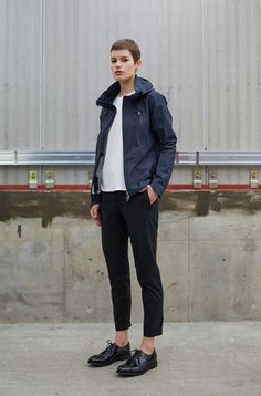 JACKET[ALLTERRAIN]INNER SURFACE TECHNOLOGY ACTIVE SHELL JACKET¥59.000 TAXT-SHIRT[PAUSE]ZEROSEAM POCKET T-SHIRT¥6.900+TAXPANTS[PAUSE]PACKABLE PANTS¥20.000+TAXSHOES[SANDERS] MILITARY DERBY SHOES ¥46.000+TAX