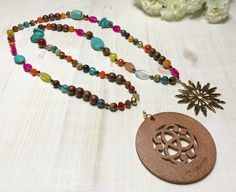 Sautoir avec 2 Pendentifs Crochet Necklace, Beaded Necklace, Creations, Jewelry, Crystal, Pendant, Bead, Accessories, Crochet Collar