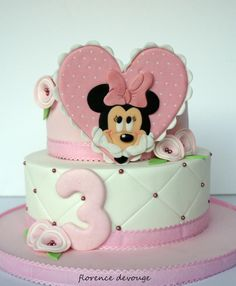 Minnie Cake - Cake by Florence Devouge