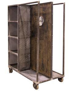 Fotos. Muebles vintage & industrial para tiendas de ropa.