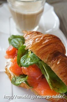 今朝は「サーモンとクリームチーズのクロワッサンサンド」♪ by ... Croissant, Sandwiches, Food And Drink, Menu, Lunch, Breakfast, Live, Recipes, Menu Board Design