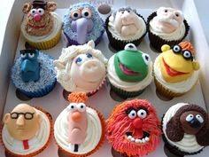 Funny pictures about Delicious Muppets Cupcakes. Oh, and cool pics about Delicious Muppets Cupcakes. Also, Delicious Muppets Cupcakes photos. Cupcakes Design, Cute Cupcakes, Cupcake Cookies, Themed Cupcakes, Birthday Cupcakes, Cupcakes Kids, Halloween Cupcakes, Decorate Cupcakes, Animal Cupcakes