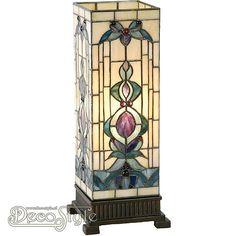 Tiffany Windlicht Nanak Large Een bijzonder mooi windlicht. Helemaal met de hand gemaakt van echt Tiffanyglas. Dit originele glas zorgt voor de warme uitstraling. De voet is vervaardigd van brons. Met 1x grote fitting (E27). Met schakelaar in het lichtnetsnoer. Afmetingen: Hoogte: 45 cm Breedte: 18 cm Diepte: 18 cm