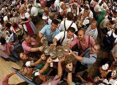 Oktoberfest: World's Biggest Beer Fest Begins