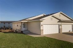 3 Bedrooms, 3 Full Bathrooms, 2,796 Sq Ft., Price: $214,000, MLS#: 4067560